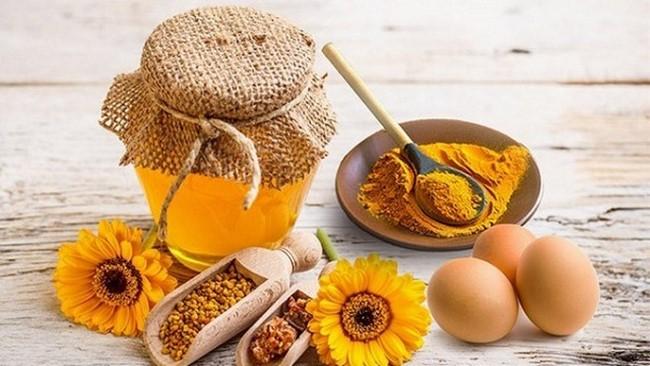 Mặt nạ nghệ trứng gà mật ong