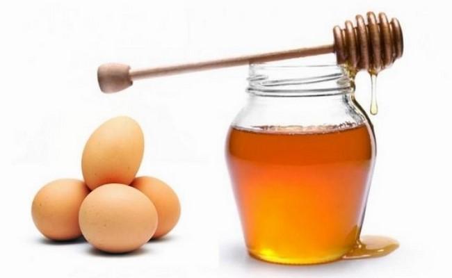Mặt nạ trứng gà mật ong dưỡng da hiệu quả tại nhà