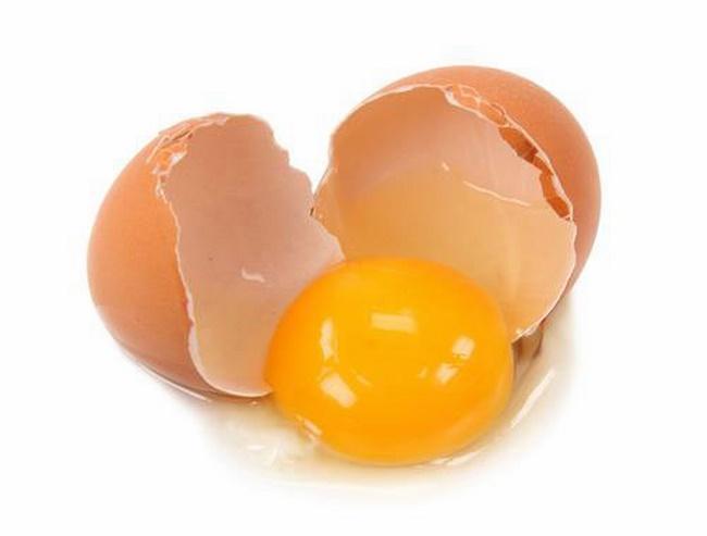 Những lưu ý khi đắp mặt nạ lòng đỏ trứng gà